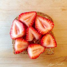 Peanut Butter toast & strawberries {Energy Breakfast} ...or Nutella! #yum