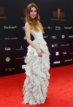 Así de guapa vimos el otro día a Lena (ganadora de Eurovisión 2010) en la alfombra roja de los German Film Prize