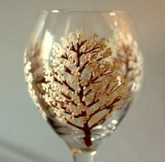 If this wine glass is not PERFECT for fall and wine, then I don't know what is!