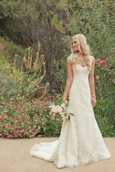 cool Throw Your Ultimate Distinctive Country Rustic Wedding To Rock The Day
