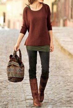 Layers, boots, skinny jeans, AND patterned bag! <3