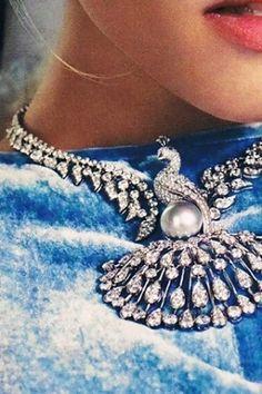 Cartier - the epitome of School of Flaunt!  www.schoolofflaunt.com