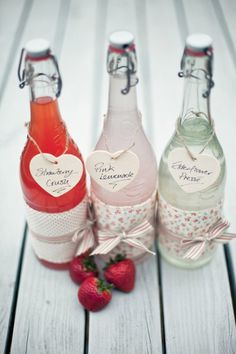 We wouldn't have time for this, but aren't these fabric-wrapped bottles cute? Very retro prints.