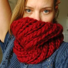 super bulky cowl-- good for a last minute gift!