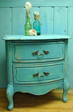Turquoise Bermuda Reef Vintage Bow Front Side Table or Night Table (Brave)