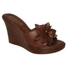 Gorg brown sandals!