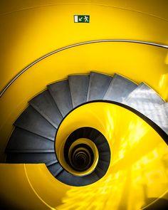 pinterest.com/fra411 #Staircase