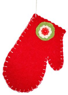 Red_mitten ornament to make