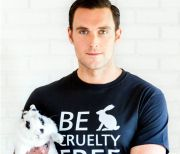 Leona Lewis and Owain Yeoman Photo Campaign Says Bunnies are for Hugging, Not Hurting in Cosmetics Tests #BeCrueltyFree