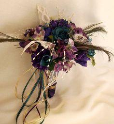 An eclectic bridal bouquet