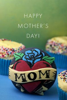 Happy Mother's Day all my mom friends :-)