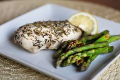 Baked Chicken with Asparagus. (How to cook the best chicken ever!) Easy, but not very well known ways to keep chicken moist, flavorful, and tender. Because nothing is worse than dry chicken!