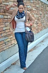 Curves, Plus Size Fashion via http://girlwithcurves.tumblr.com