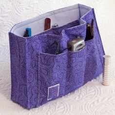 I love this purse insert organizer. I'm going to have to make this!