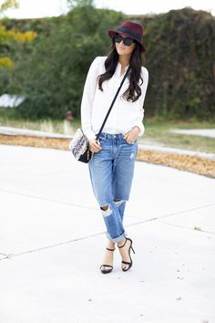boyfriend jeans, fall fashions, laid back style, personal style, heel