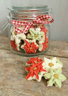 Dollar Tree Jars----  20 Cookie packaging  ideas.