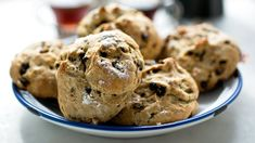 Recipe: Soda bread buns || Photo: Andrew Scrivani for The New York Times