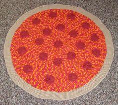 crochet afghan, pizza rug, crochet food, pepperoni pizza, pizzas, crochet rug, crochet blanket, crochet pizza, rugs