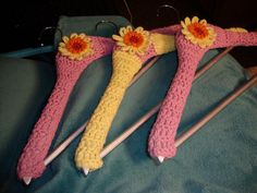 Contoured Coat Hanger Cover (free crochet pattern)