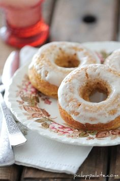 baked pumpkin ice cream glazed donuts. oh my.