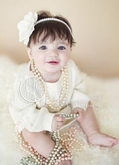 6 month baby picture ideas | Baby A, 6 months old! Rhode Island and Massachusetts holiday baby ...