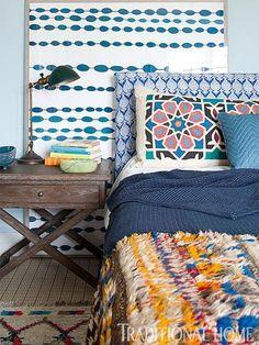 Cool bedroom / Photo: Michael Garland / Design: Julie Goldman
