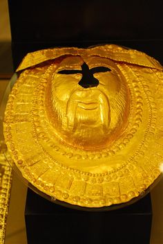 Golden Mask Thracian