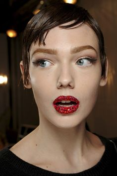 nye makeup ideas easy dior lips red pout glittery