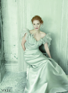 Cannot get enough of this photo shoot re-imagining classic portraits of women - it is just beyond. | Jessica Chastain in Oscar de la Renta, Vogue Dec '13. Photo by Annie Leibovitz, edited by Grace Coddington.