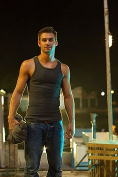 ryan guzman loved him in step up revolution and im loving him in pll now hope hes there to stay