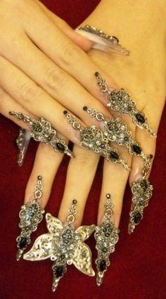 fingernails! Wild:))