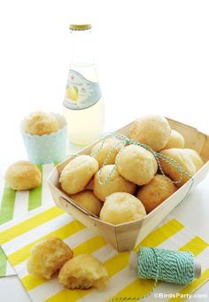 World Cup Party: Brazilian Appetizer Pão de Queijo Recipe by Bird's Party #appetizers #brazilianrecipes #brazilian #recipes #brazil #brésil #brasil #party #soccer #football exotic food, world cup, christian parti, cup parti, brazilian recip