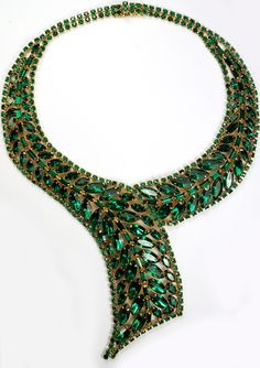 Weiss Gold Emerald Chatons and Baguettes Cravat Necklace
