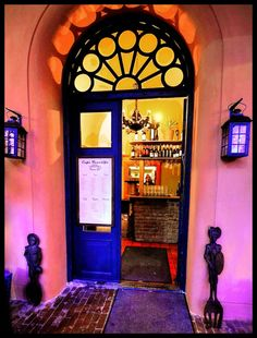 Welcome In ! (Café Tenerife) by Lillian Molstad Andresen