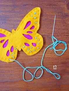 Butterfly Finger Puppet tutorial