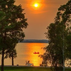 A day spent on the lake deserves a sunset like this. This beautiful shot was taken on Lake Minnewaska in Glenwood, #Minnesota by @waynemoranmn. #summer #boating #sunset #lakes #OnlyinMN