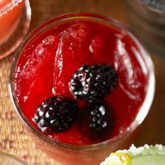 5 Margaritas for Cinco de Mayo! Get the recipes here: http://www.bhg.com/holidays/mothers-day/recipes/margarita-recipes-for-cinco-de-mayo/?socsrc=bhgpin042412margaritas