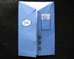 Dad's Blue Collar Card is the perfect Father's Day crafts for kids to make for the dad who doesn't sport a suit and tie!