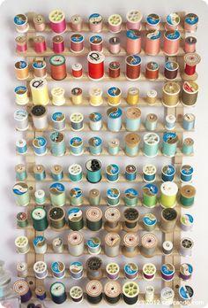 Organizador de linhas de costura