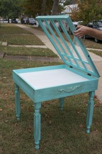 Turn an end table into a shadow box table...upcycling genius!