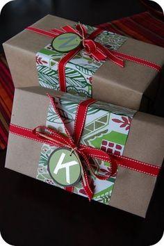 Did this last year, it was soo pretty! craft, wrap idea, kraft paper, christma wrap, scrapbook paper, christmas gift wrapping, present wrapping, christmas gifts, christmas wrapping