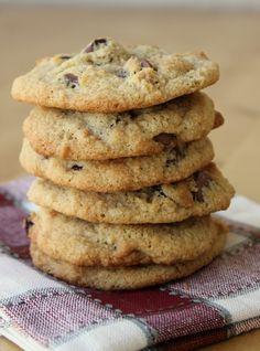 Almond Flour Chocolate Chip Cookies{Gluten-Free} by meaningfuleats #Cookies #Chocolate_Chip #Gluten_Free