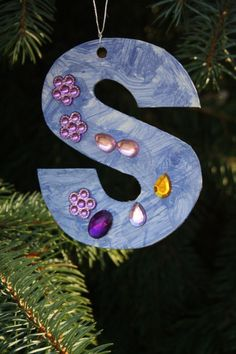 initial ornaments - happy hooligans - easy christmas crafts for kids