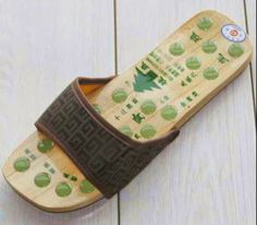 Wood Foot Care Slipper with Acupressure Stones