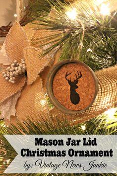 Mason Jar Lid Christmas Ornament {Step-by-Step Tutorial} #MasonJar #Christmas #Holiday
