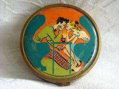 Rare Vintage Hilda Terry Retro Teens Powder Compact.