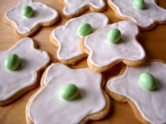 Green Eggs - I'm thinking I can make these for Dr. Seuss' birthday- Read Across America Day for the kiddos