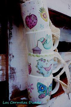 Tazas de porcelana pintadas a mano