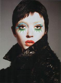 eye makeup ... like a colorful twiggy clown.  i like it.