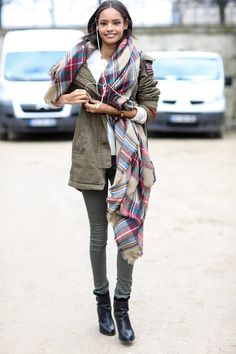 Army green and a cozy scarf  - Model #Streetstyle at Paris Fashion Week #PFW